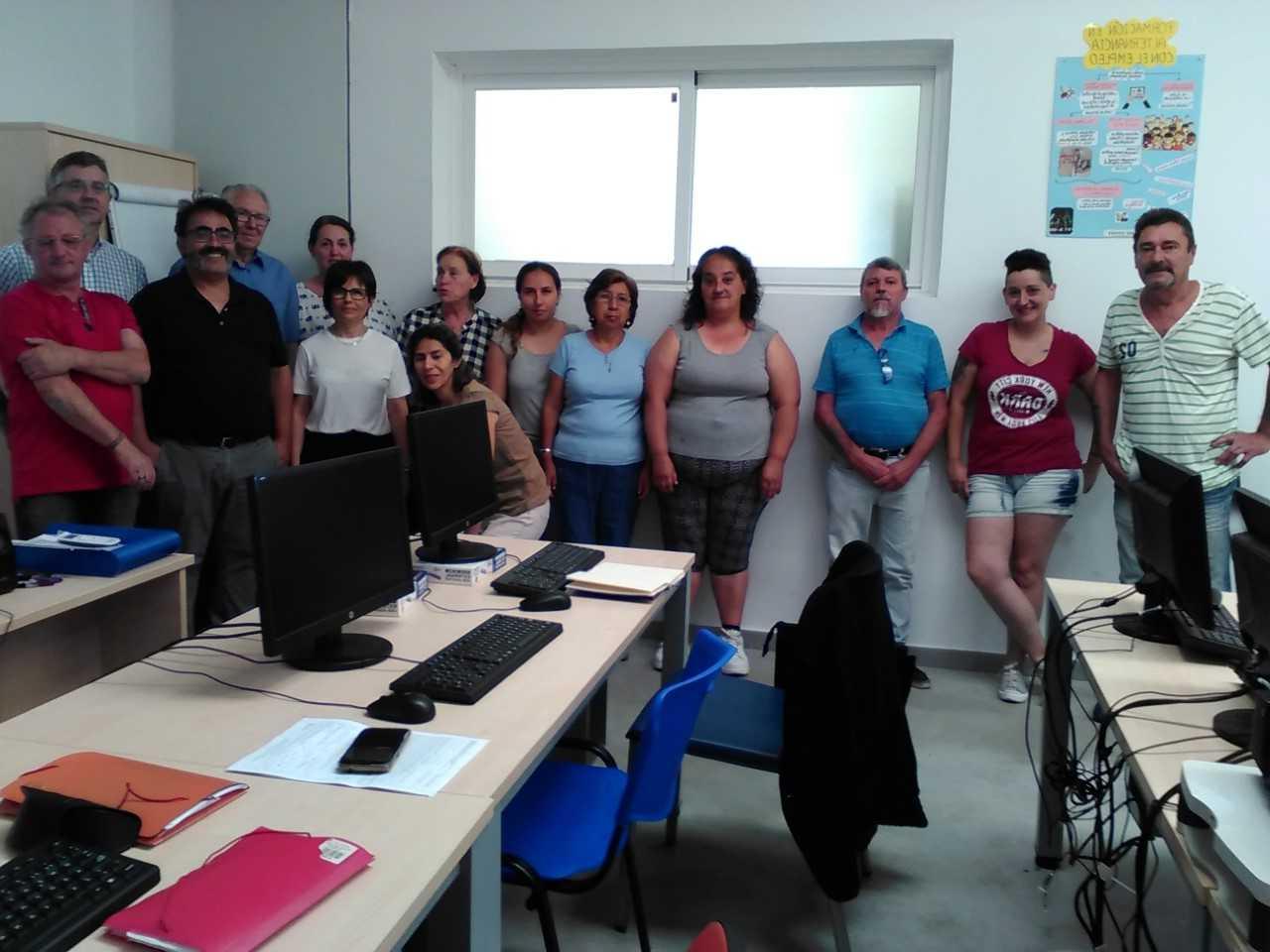 15 personas inician el curso para aprender a utilizar las herramientas de búsqueda de empleo en Internet, cofinanciado por el FEDER